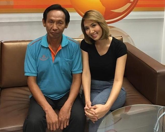 Ông Woralop được các kênh truyền hình Thái Lan mời phỏng vấn.