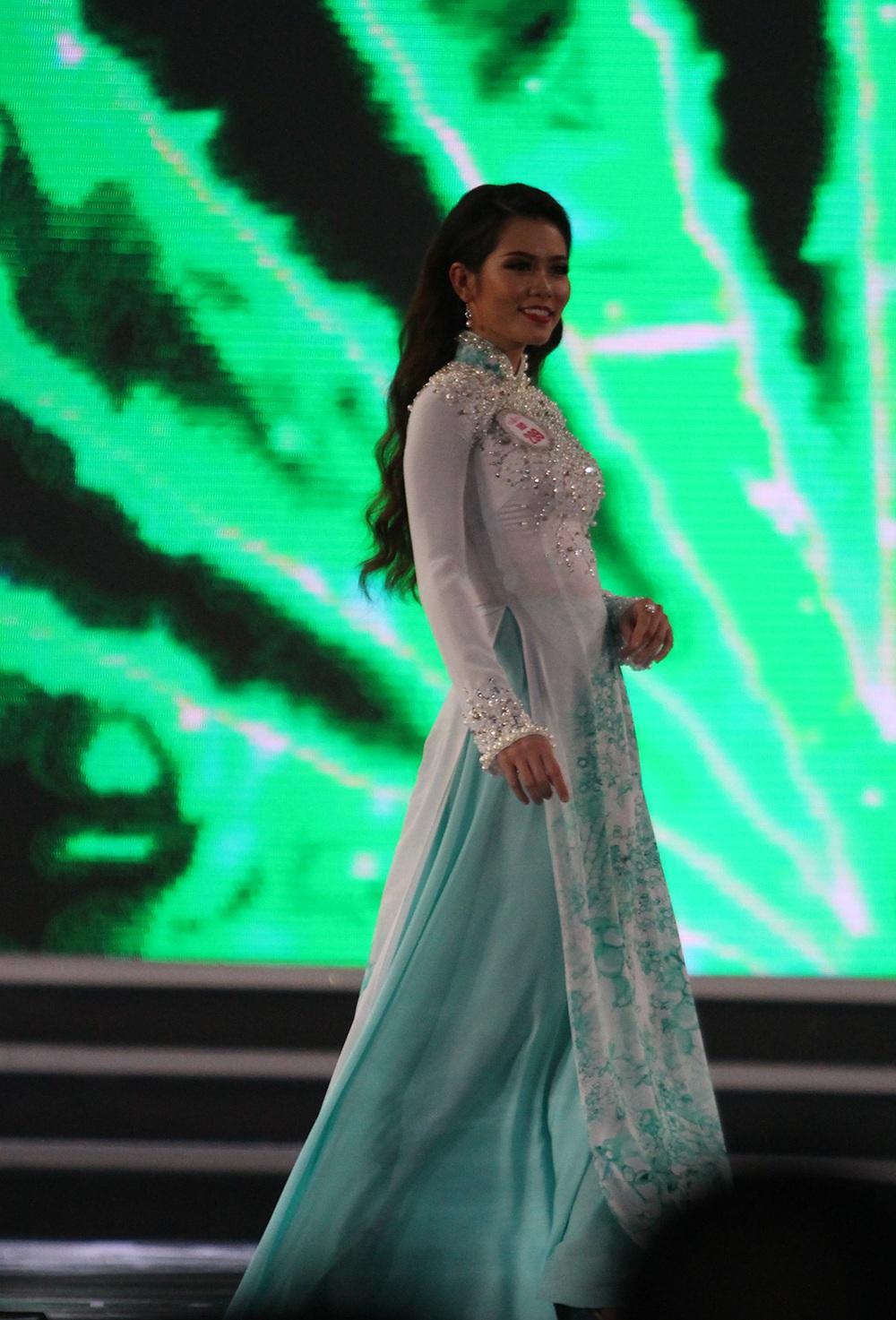 Người đẹp Đỗ Mỹ Linh đăng quang Hoa hậu Việt Nam 2016 - 8