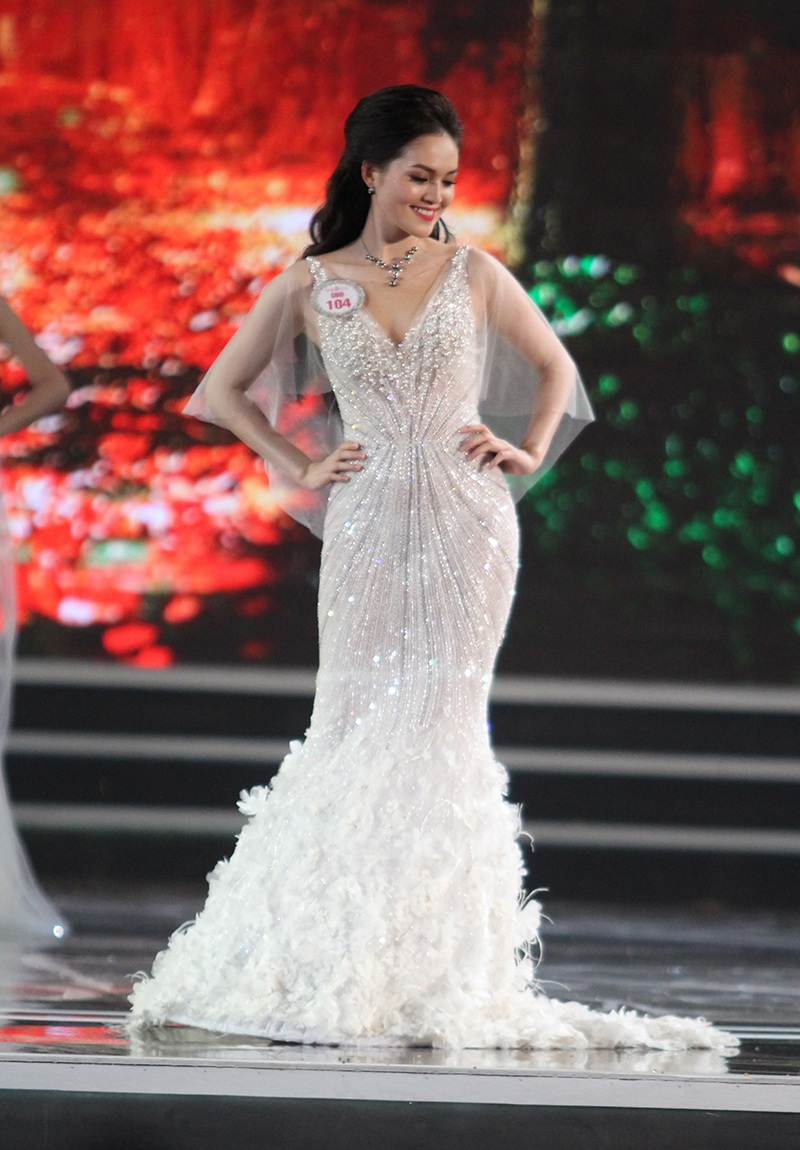 Người đẹp Đỗ Mỹ Linh đăng quang Hoa hậu Việt Nam 2016 - 32