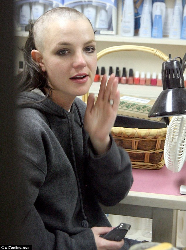 """""""Công chúa pop"""" Britney Spears đã hồi sinh từ tro tàn như thế nào? - 5"""