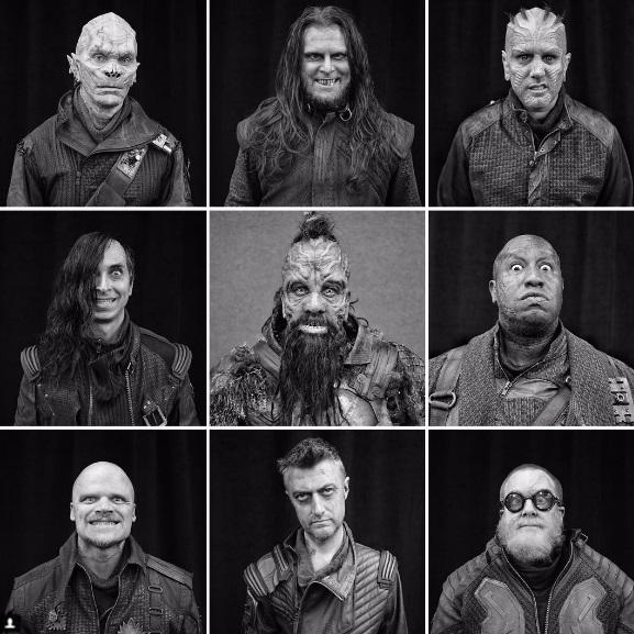 """Trong phần 2, chuyện phim sẽ xoay quanh một nhóm tội phạm ngoài không gian có tên """"Ravagers"""" (Những kẻ cướp phá), đang săn tìm Hòn đá Vô cực mà nhóm vệ binh đang nắm giữ. Đạo diễn James Gunn đã chia sẻ tạo hình của 9 thành viên trong nhóm """"Ravagers""""."""