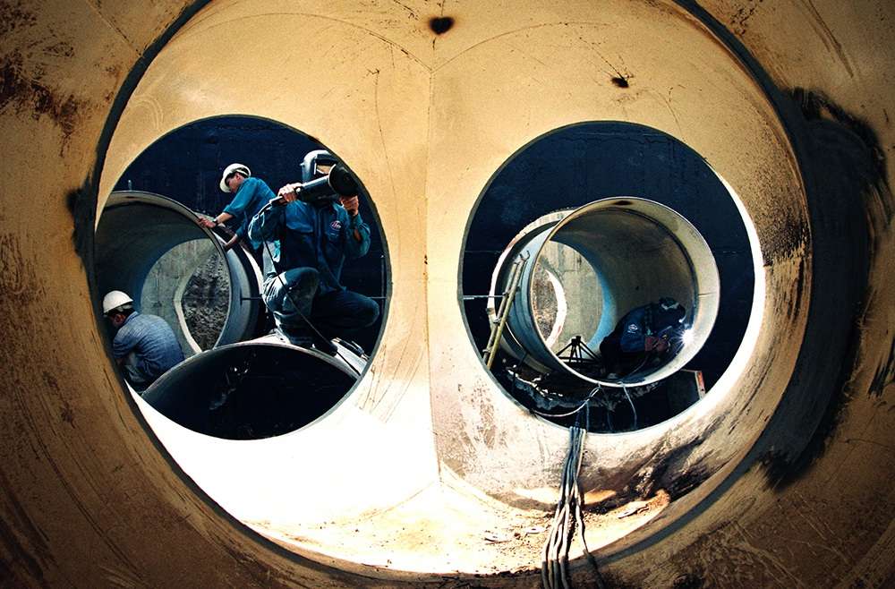 Lắp đặt ống trong lòng đất