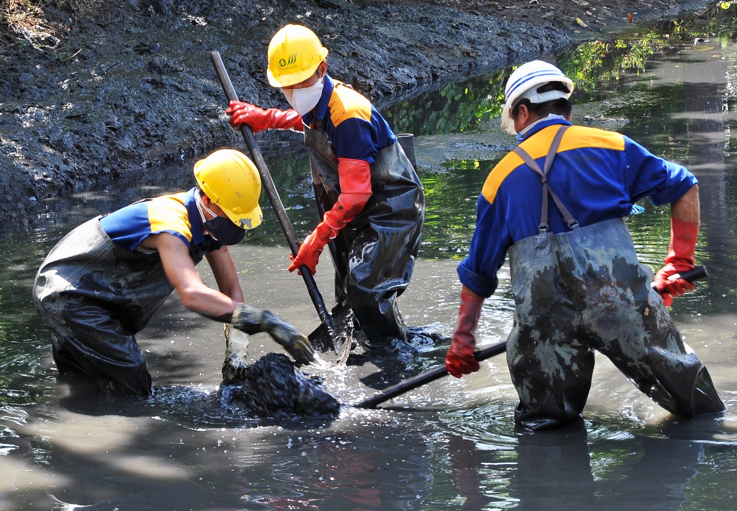 Giải nhất: Nước sạch thoát nước nhanh ở Hà Nội của tác giả Hoàng Như Thính