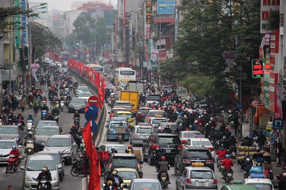 Trục đường Tây Sơn - Nguyễn Lương Bằng ùn tắc kéo dài
