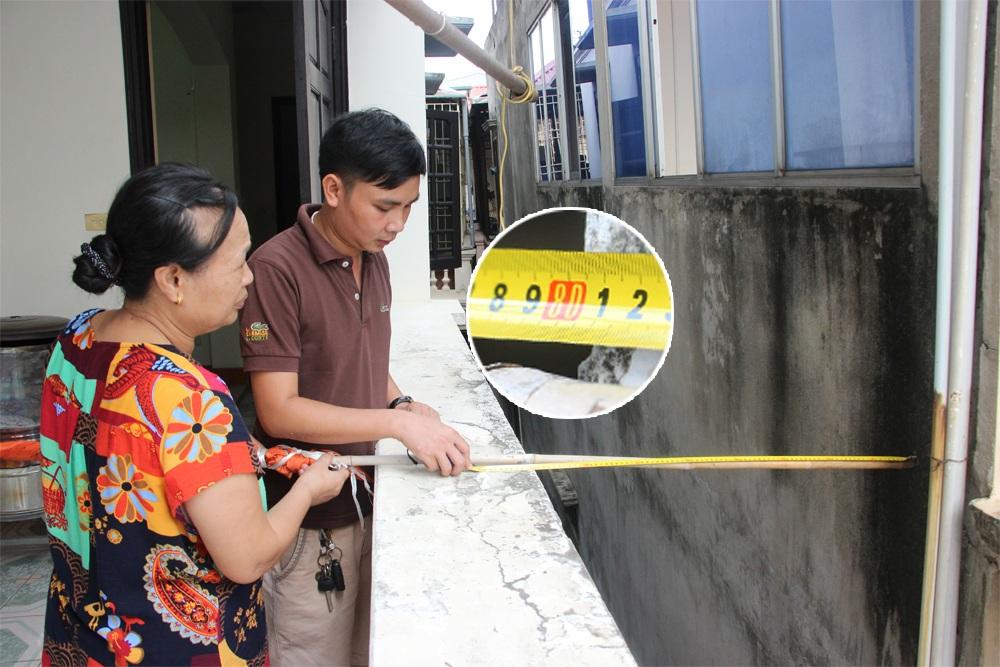 ...nhưng khi đo từ tường nhà số 177 ở tầng 4 đến tường tường tầng 4 nhà kế bên khoảng cách chỉ còn là 80cm.