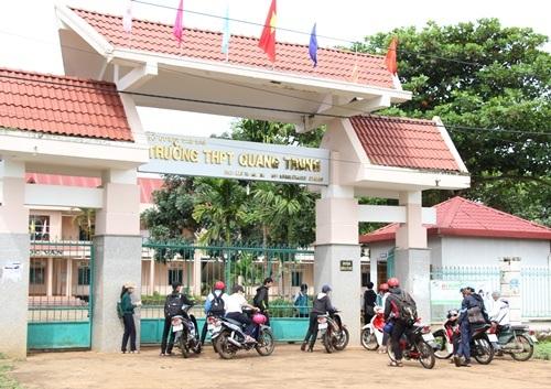 Trường THPT Quang Trung (huyện Krông Pắk, tỉnh Đắk Lắk) - nơi có hàng chục học sinh vướng vào việc hút cần sa