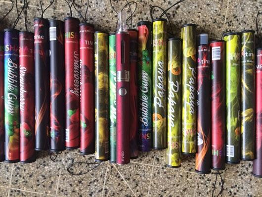 Loại shisha pen mà các em học sinh sử dụng