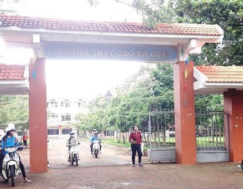 Hiệu trưởng Trường THPT Cao Bá Quát đã nhận sai trong việc tổ chức dạy thêm, học thêm.