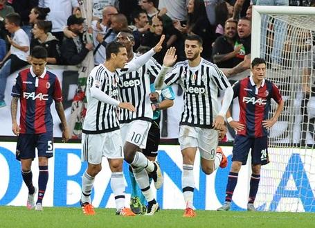 Juventus vượt qua Bologna