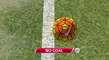 Công nghệ goal-line xác định trái bóng chưa lăn 100% qua vạch vôi