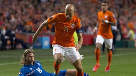 Robben nghỉ thi đấu quá nhiều ở vòng loại vì chấn thương