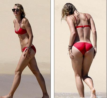 """""""Búp bê"""" Maria Sharapova tung tăng khoe sắc trên biển - 2"""