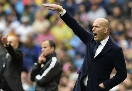 "HLV Zidane đặt niềm tin vào ""tí hon"" Granada"