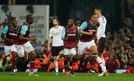 MU gục ngã trước West Ham dù nắm trong tay lợi thế lớn trong cuộc đua top 4 Premier League