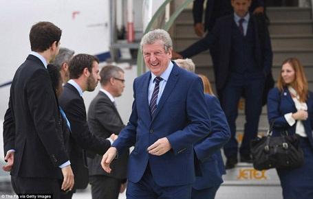 Đội tuyển Anh đổ bộ tới Pháp để tham dự Euro 2016 - 5