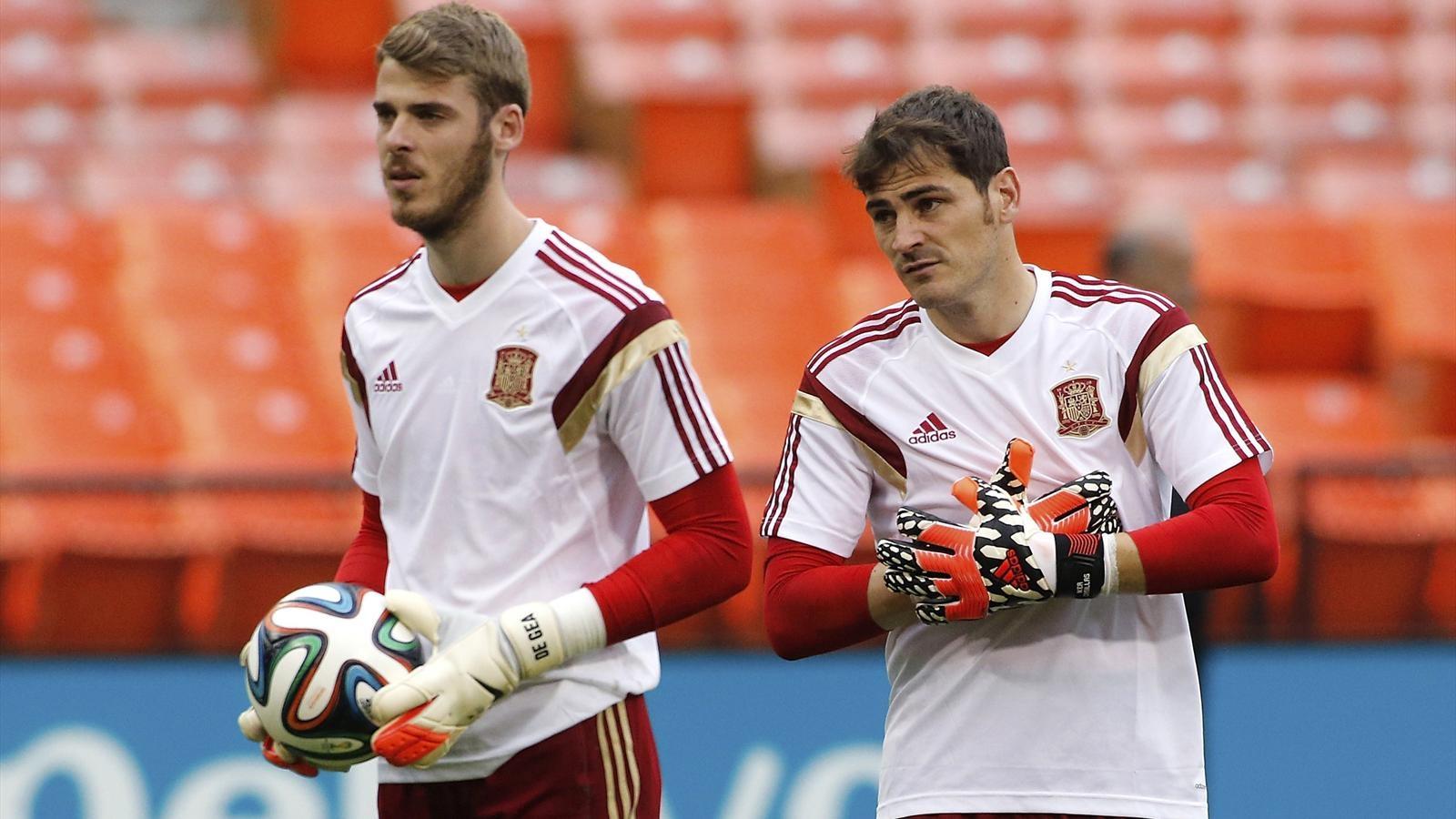 HLV Del Bosque sẽ lựa chọn De Gea hoặc Casillas bắt chính ở Euro 2016