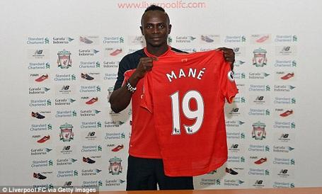 Sadio Mane chính thức gia nhập Liverpool