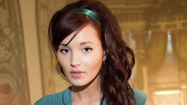 Vẻ đẹp ngây thơ tựa nàng tiên của bạn gái thủ thành Ba Lan - 2