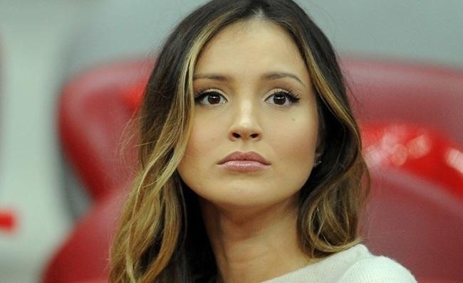 Vẻ đẹp ngây thơ tựa nàng tiên của bạn gái thủ thành Ba Lan - 5