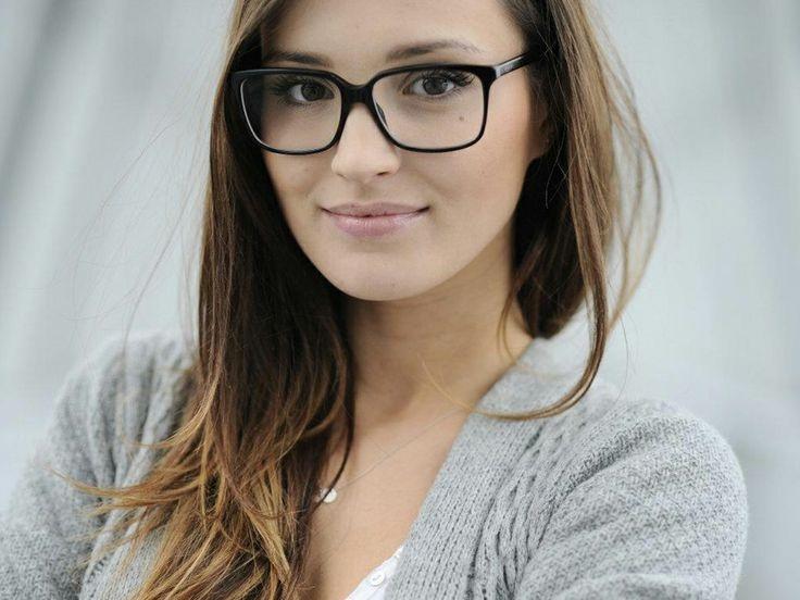 Vẻ đẹp ngây thơ tựa nàng tiên của bạn gái thủ thành Ba Lan - 7