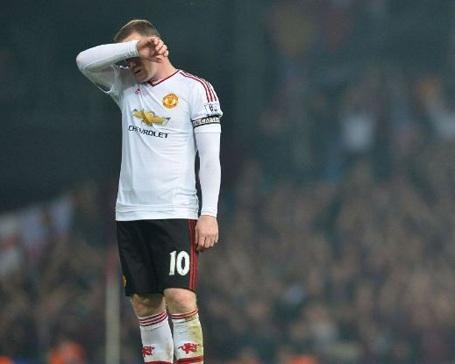 Có thể, HLV Mourinho buộc phải thỏa hiệp để Rooney đá chính ở mùa giải đầu tiên ở MU