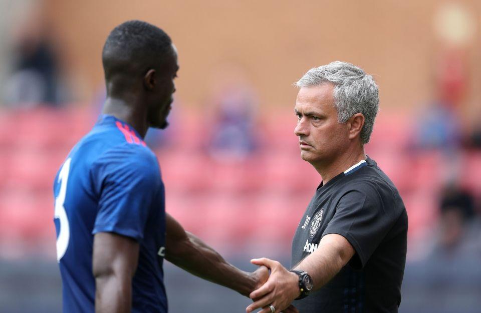 Eric Bailly muốn được làm việc cùng HLV Mourinho