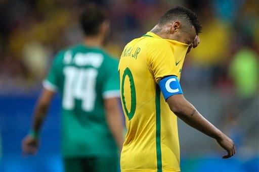 Neymar không thể hiện được nhiều trước U23 Iraq