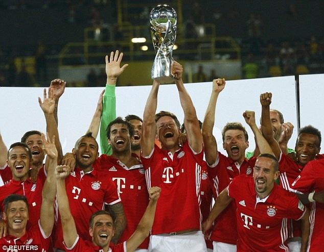 Họ giành siêu cúp Đức, danh hiệu đầu tiên của HLV Ancelotti
