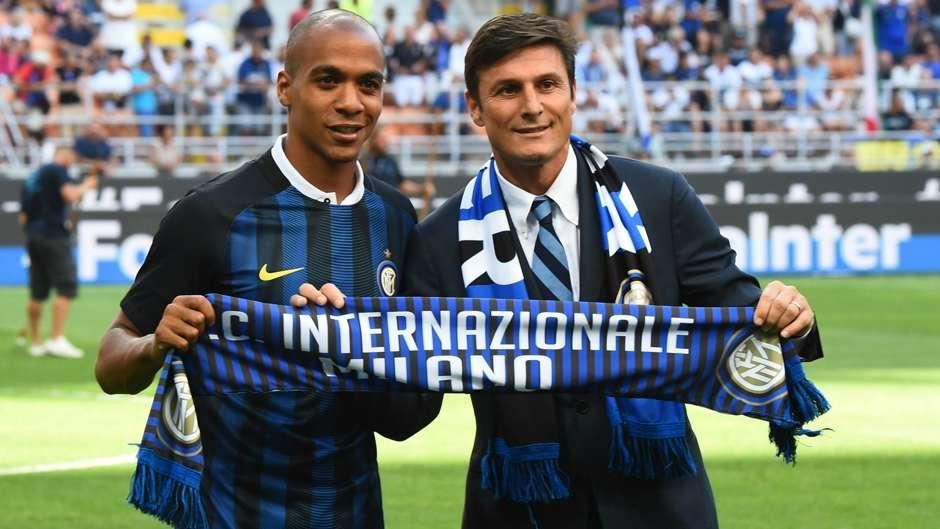 """Cũng như năm ngoái, Inter đầu tư rất mạnh ở """"chợ Hè"""". Trong đó, họ đã chiêu mộ nhiều tân binh sáng giá như João Mário, Gabriel Barbosa, Antonio Candreva…"""