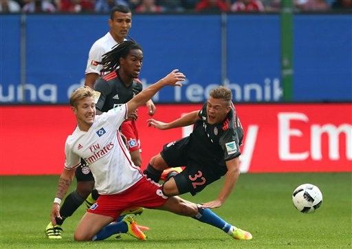 Bayern Munich chật vật vượt qua Hamburg