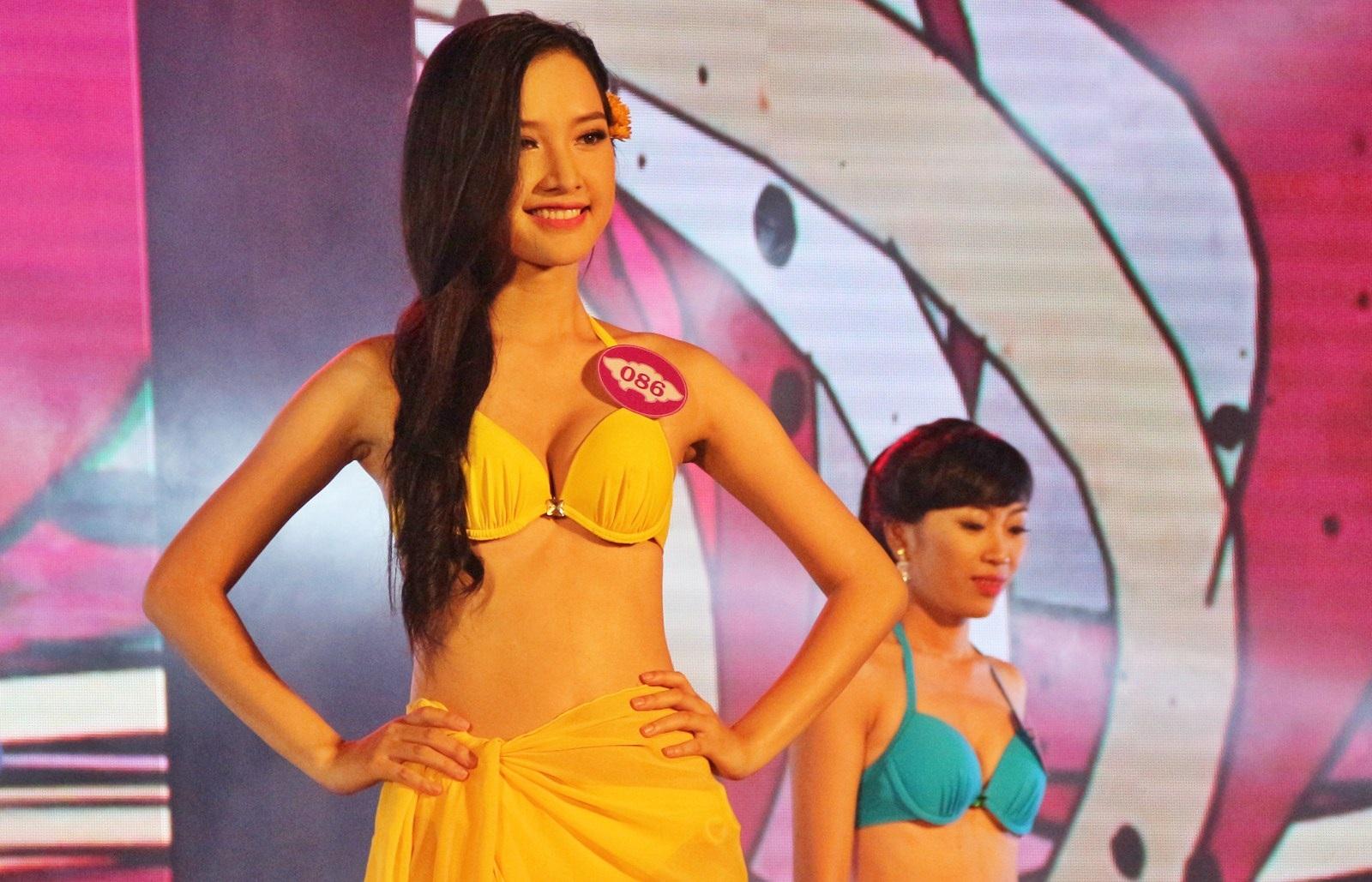 Nữ sinh Báo chí đăng quang Người đẹp du lịch Huế - 7