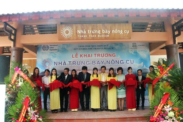 Khai trương nhà trưng bày nông cụ cầu ngói Thanh Toàn