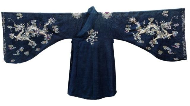 Chiếc áo tế Trời của các vua Nguyễn