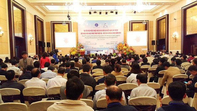 Gần 1.000 đại biểu tham dự Đại hội Hội Phẫu thuật Nội soi – Nội soi Việt Nam lần III và Hội nghị Khoa học phẫu thuật Nội soi – Nội soi và Ngoại khoa năm 2015 tại TP Huế