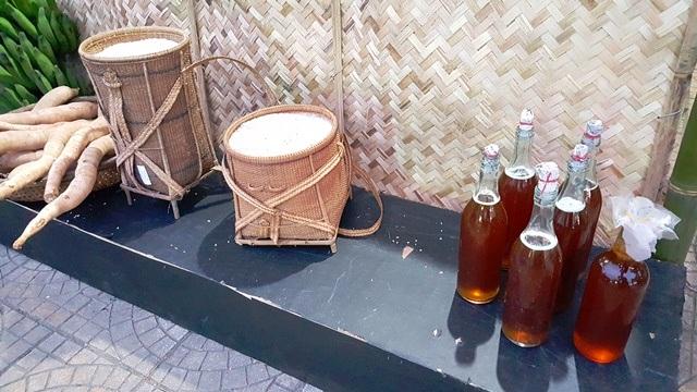 Đặc sản mật ong, nếp, khoai rừng ở huyện Nam Đông