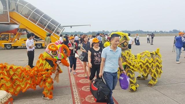 Việc có thêm đường bay mới sẽ giúp kết nối du lịch tốt hơn giữa 2 địa phương là cố đô Huế và thành phố biển Nha Trang xinh đẹp