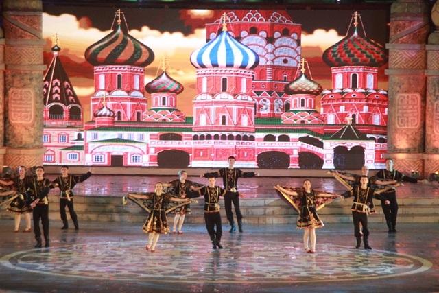 Đoàn múa Amurskie Zori từ Nga