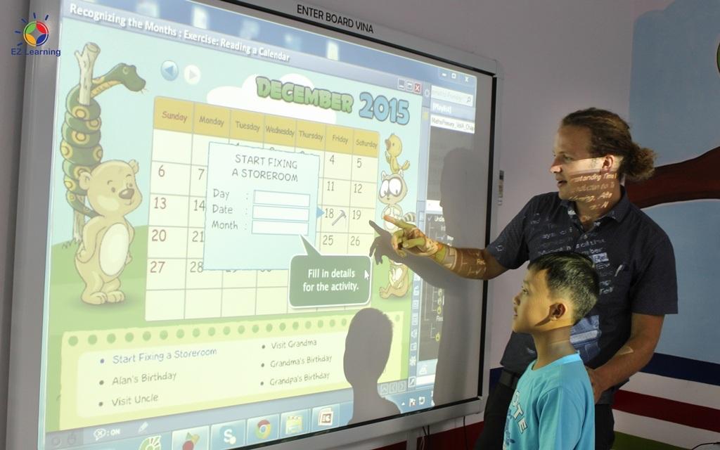 Tại Amazing Summer, các em vừa được học tiếng Anh thông qua các trò chơi, thí nghiệm khoa học…