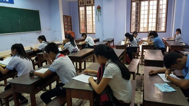 Các học sinh dự thi vào lớp 10 năm học 2016-2017 tại Thừa Thiên Huế