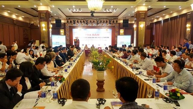 Tọa đàm Xúc tiến đầu tư nước ngoài vào Thừa Thiên Huế có sự tham gia của hơn 100 doanh nghiệp trong và ngoài nước