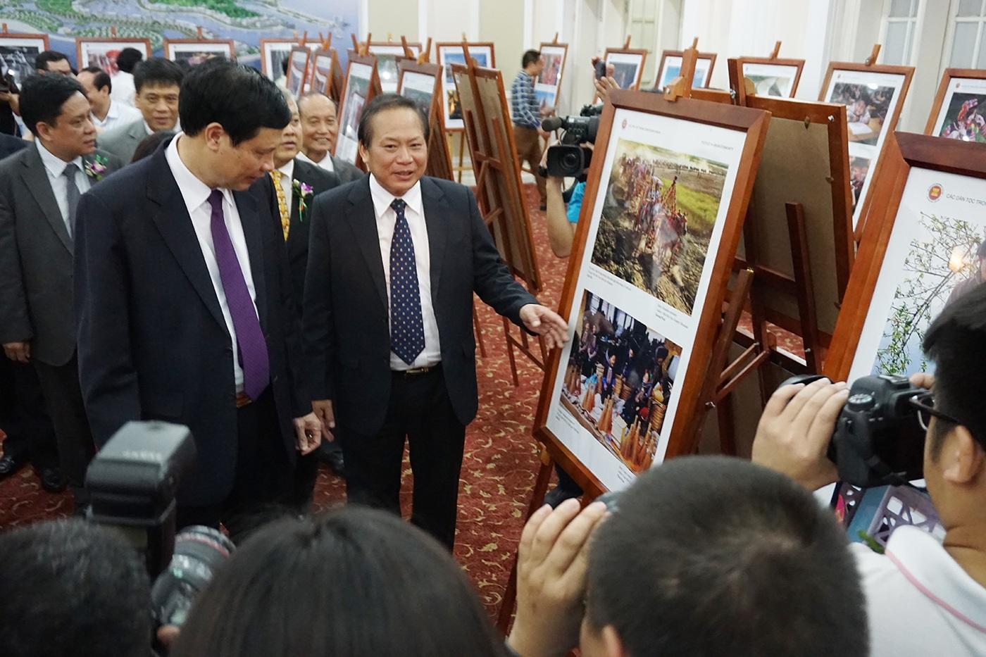 Triển lãm Ảnh và Phim phóng sự - tài liệu trong cộng đồng ASEAN tại Việt Nam - 1
