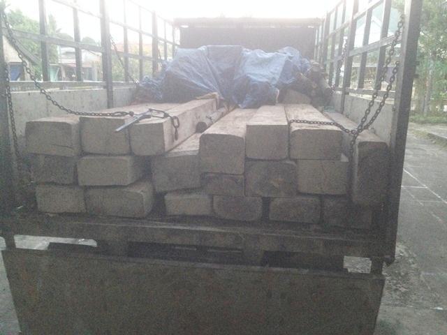 2 xe gỗ lậu số lượng lớn bị kiểm lâm huyện Nam Đông truy bắt trong đêm