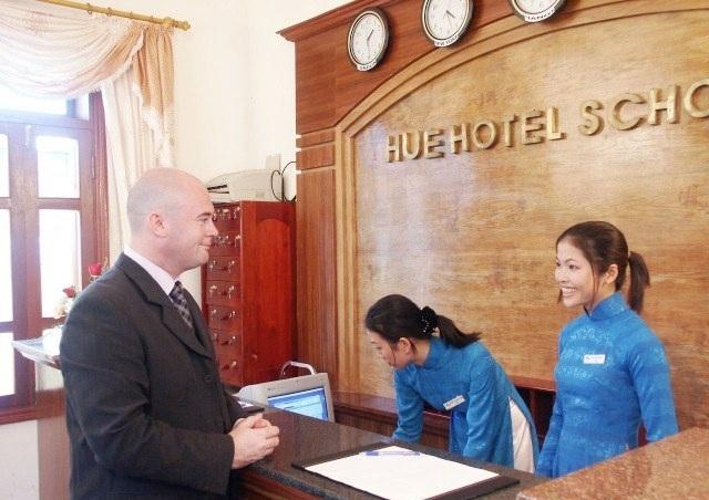 Nhiều ngành nghề về du lịch đa dạng và đầy đủ tại trường Cao đẳng nghề Du lịch Huế như Đào tạo nghề Lễ tân…