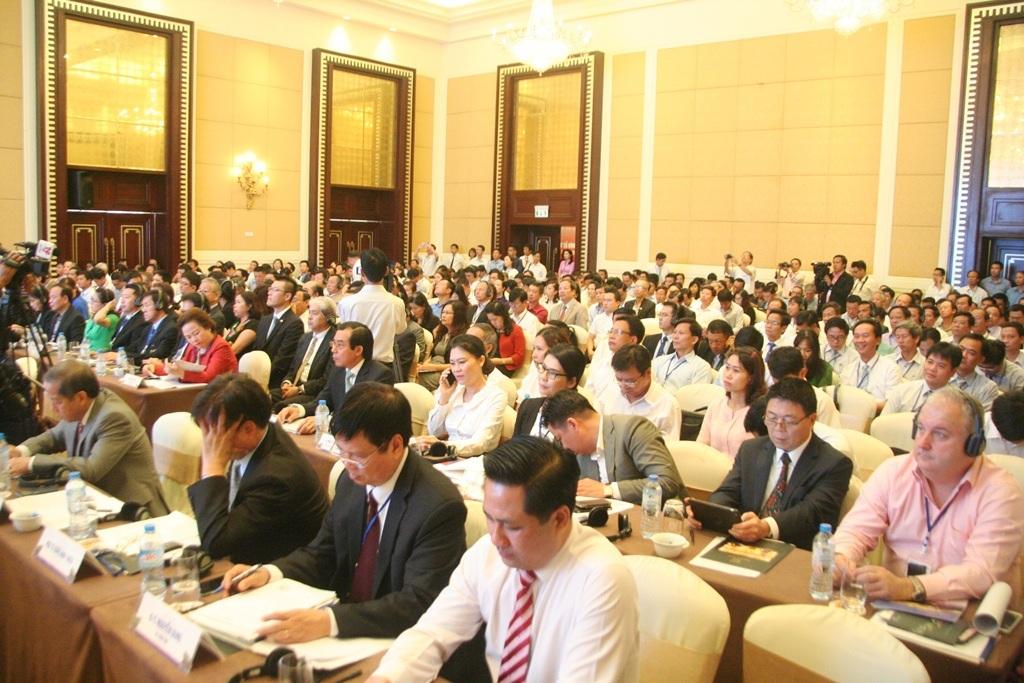 Gần 500 đại biểu trong và ngoài nước đã tham dự để tìm kiếm cơ hội đầu tư, chủ yếu trong lãnh vực du lịch vào Huế