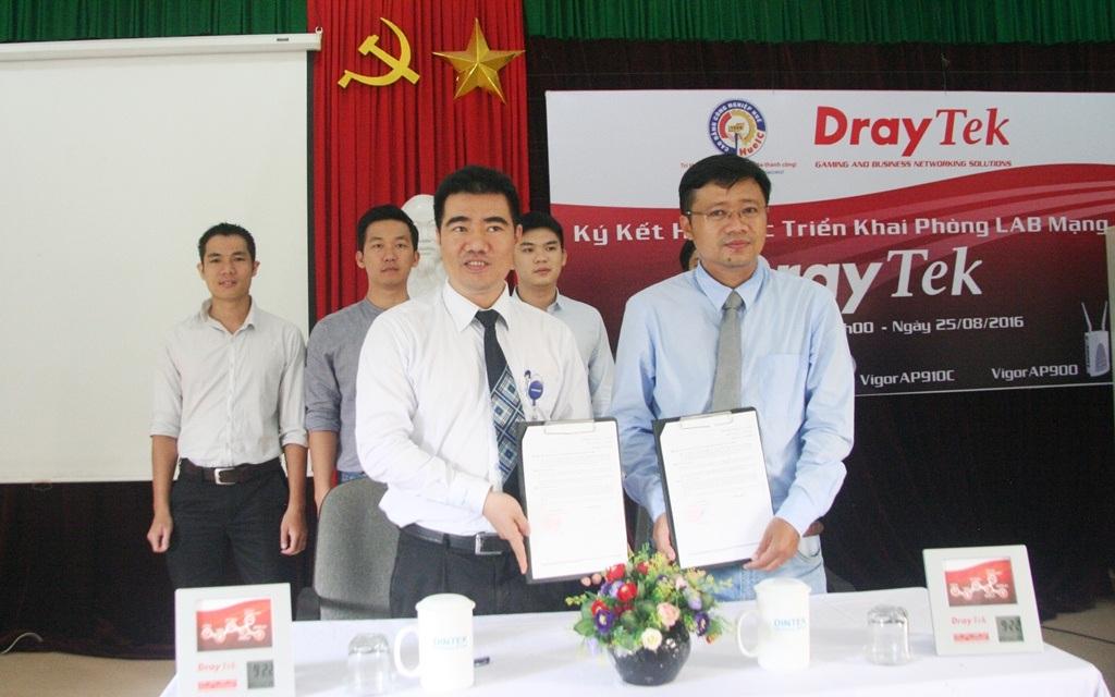 Ký kết hợp tác triển khai phòng LAB mạng công nghệ DrayTek tại trường Cao đẳng Công nghiệp Huế