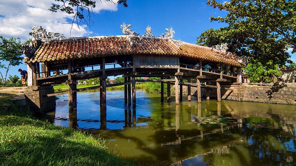 Cầu ngói Thanh Toàn tuyệt đẹp