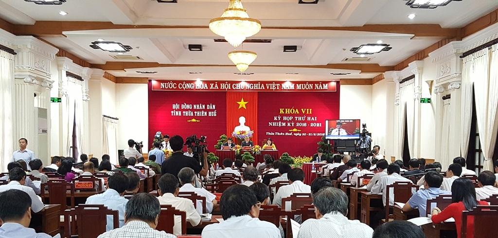 Kỳ họp thứ 2 khóa VII HĐND tỉnh Thừa Thiên Huế đã thông qua mức tăng học phí mới với các cơ sở giáo dục công lập