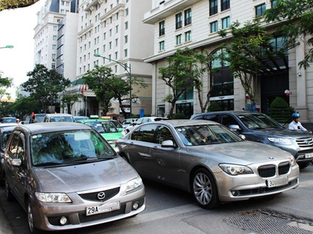 Sở hữu xe ô tô vẫn luôn là mơ ước của nhiều người Việt Nam khi ô tô vẫn được coi là tài sản, thay vì phương tiện như nhiều quốc gia khác
