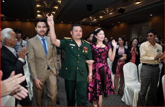 Dàn lãnh đạo của Công ty Liên Kết Việt, đã bị bắt liên quan đến hành vi chiếm đoạt số tiền khủng 1.900 tỷ đồng của hơn 60.000 người.