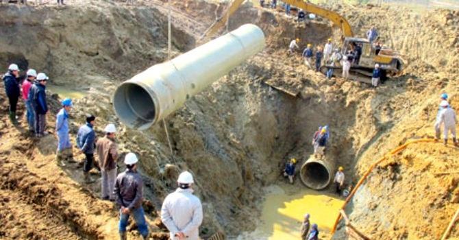 Ống nước sạch Sông Đà làm bằng sợi composite cốt thủy tinh bị 17 lần bục vỡ, khiến chủ đầu tư này phải đổi vật liệu cho giai đoạn 2